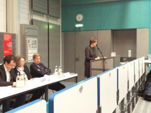Lia Hiltz, Kanadische Botschaft in Berlin, mit einem Grußwort