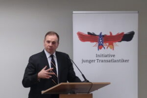 Lieutenant General (Ret.) Ben Hodges discussing with our audience